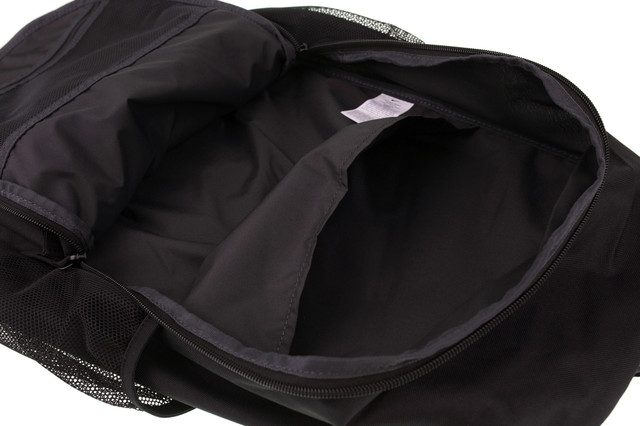 sports-backpack-nike-000076