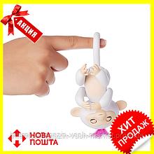 Интерактивная обезьянка Fingerlings (Белая), Новинка