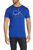 Мужская оригинальная синяя футболка с принтом популярного бренда Calvin Klein