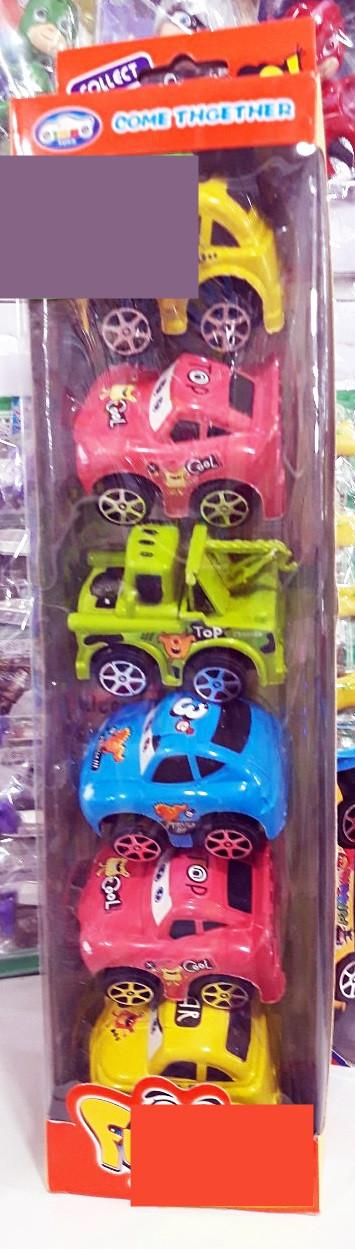 Набор игрушечных машинок