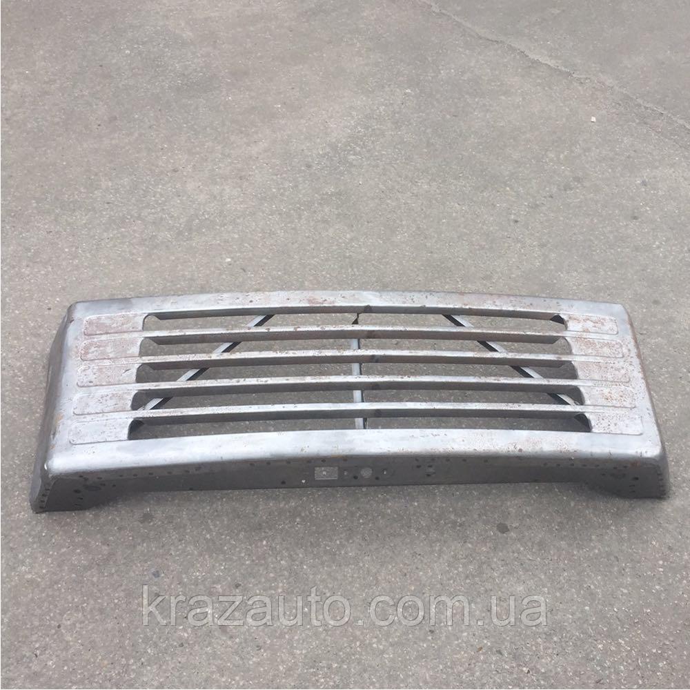 Облицовка радиатора КрАЗ 6505-8401010
