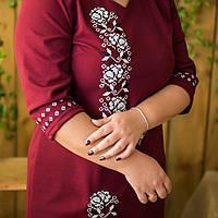 Вышитое бордовое платье в украинском стиле