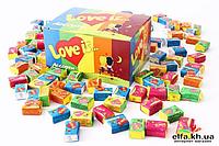 Жвачки Love is Ассорти 50 шт в оригинальной упаковке