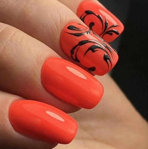 Ярко-оранжевый маникюр с кружевным дизайном