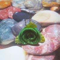 Роза на шпильке из глитерного фоамирана, зеленая