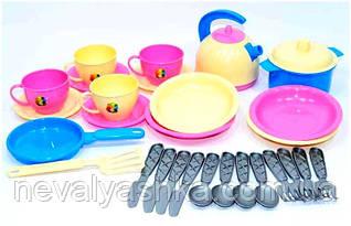 Набор посуды детская игрушечная посудка чайник чашечки тарелочки Маринка 11 Технок, 1653, 002498