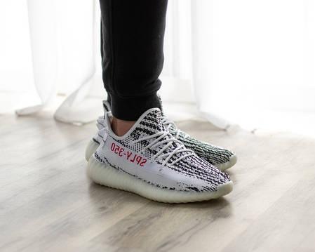 Женские кроссовки в стиле Adidas Yeezy Boost 350 V2 Zebra  (36, 37 размеры), фото 2
