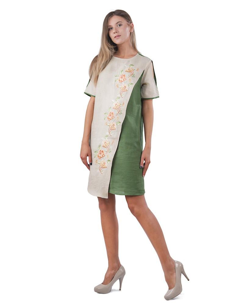Платье свободного кроя, с вышивкой. 100% лен
