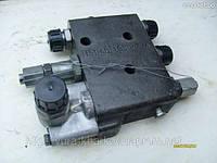 Клапан расхода 151.40.039-1 рулевого управления колесного трактора Т-151