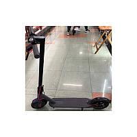 Самокат электронный Scooter черный 250Wдальность хода 20 км