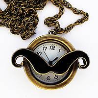 """Часы - кулон """"Усы"""" на цепочке."""