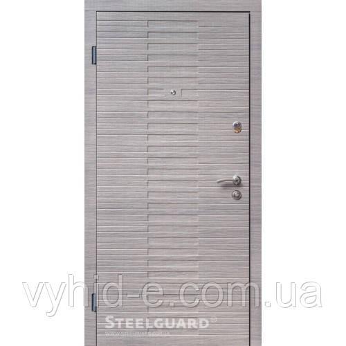 Двери входные STEELGUARD Vesta для квартиры