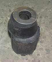 Амортизатор 77.29.093 крепления тракторного двигателя