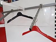 Наклонная вешалка (кронштейн) для для размещения на ней одежды с плечиками V-10, фото 1