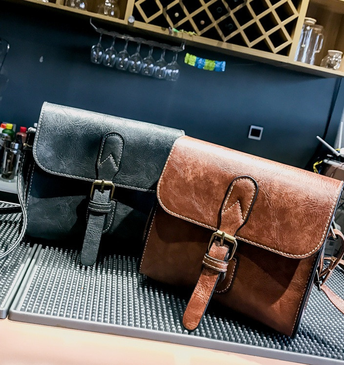 Женская сумочка в стиле ретро