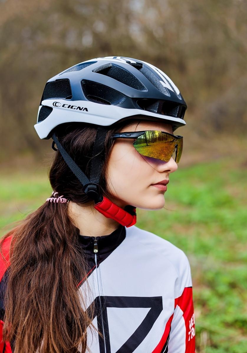 Шлем велосипедный СIGNA TT-4 L (58-61 см) (чёрно-белый)