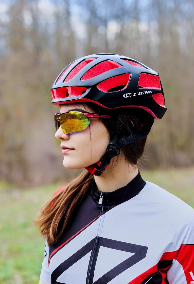 Шлем велосипедный СIGNA TT-4 L (58-61 см) (чёрно-красный)