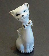 Статуэтка фарфоровая Кошечка 8 см.
