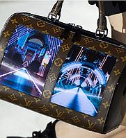 Сумка с гибким дисплеем от Louis Vuitton