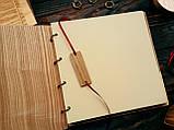 """Свадебная книга поздравлений и пожеланий 22х22 см с деревянной обложкой """"Вензеля"""", фото 2"""