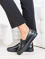 Черные кожаные слипоны женские на плоской подошве oc6654