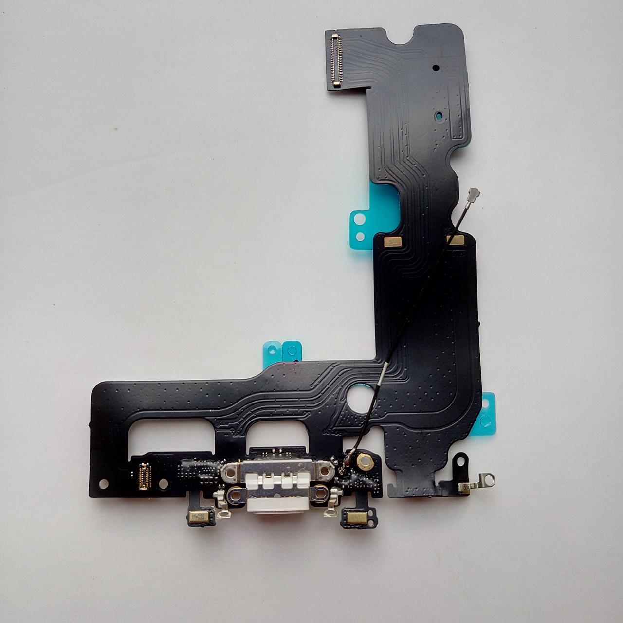 Шлейф Apple iPhone 7 Plus  коннектора зарядки, коннектора наушников с компонентами белый