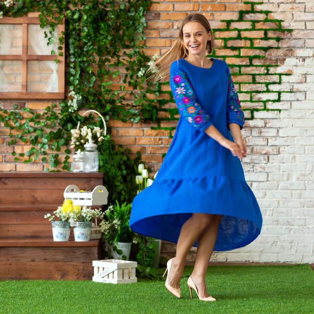 Женское льняное платье c вышивкой Бритни