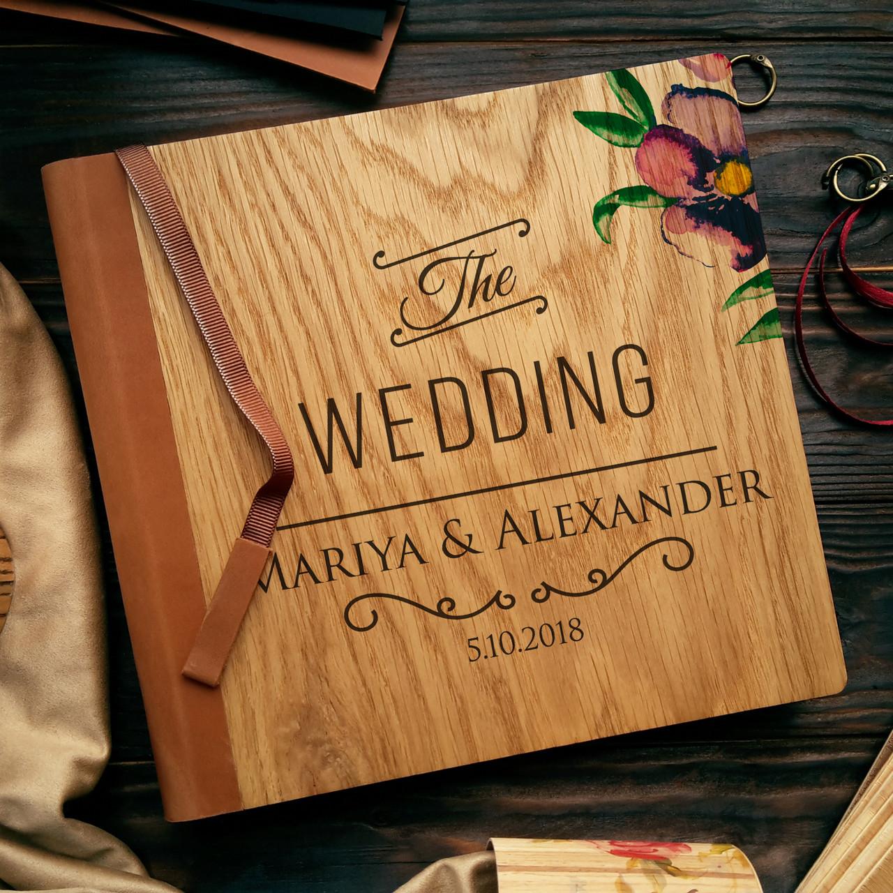 """Деревянная свадебная книга для пожеланий 22х22 см с кожаным корешком """"The Wedding"""""""