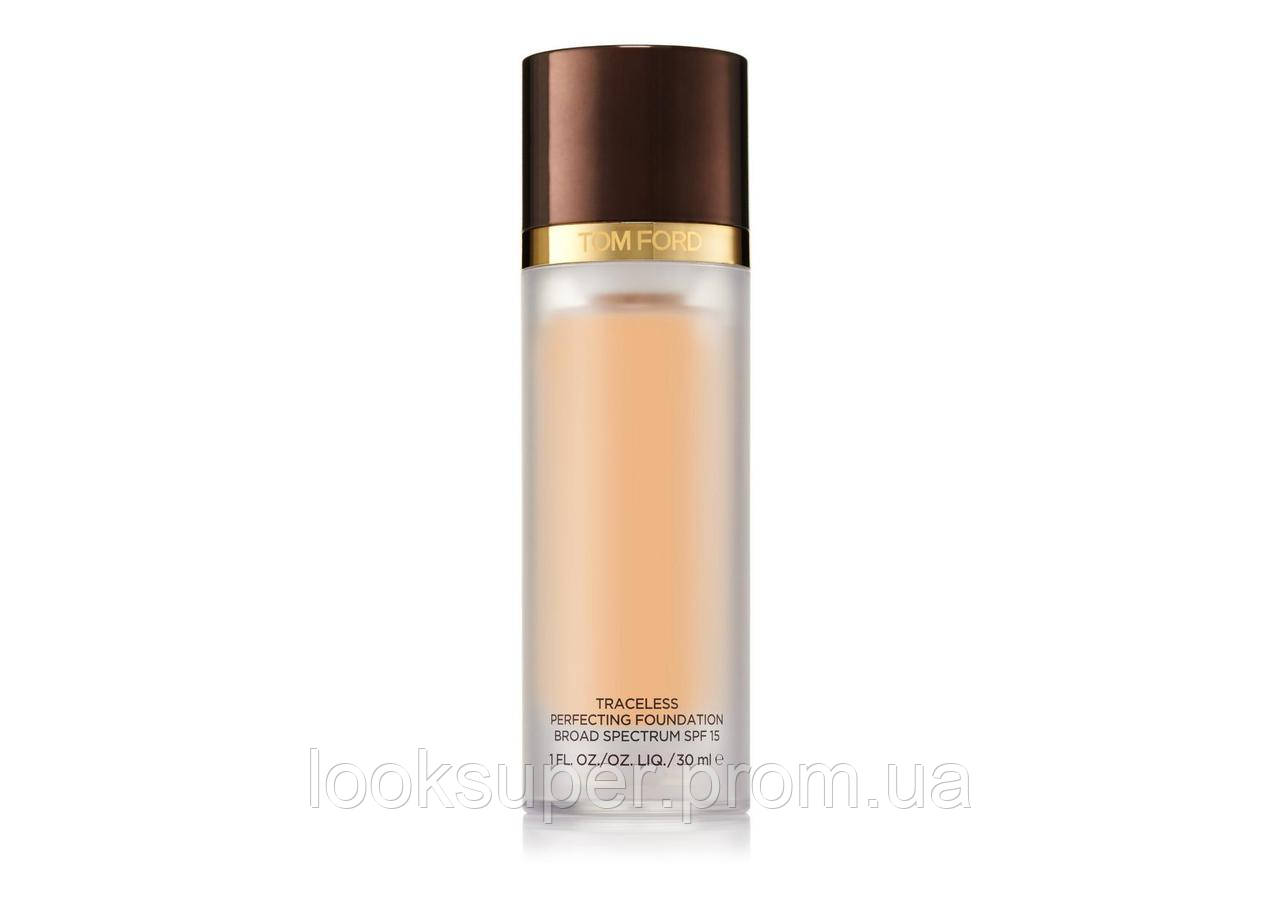 Жидкая основа под макияж TOM FORD TRACELESS PERFECTING FOUNDATION SPF15  4.0 FAWN