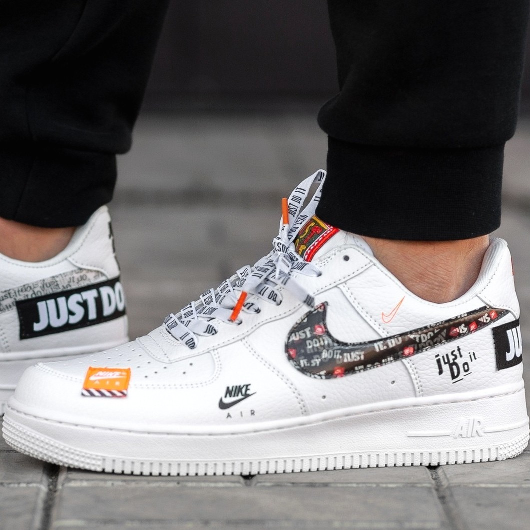 Женские и мужские кроссовки Nike Air Force 1 Low Just Do It Pack White