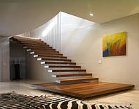 Лестницы из натурального дерева с опорами LOFT