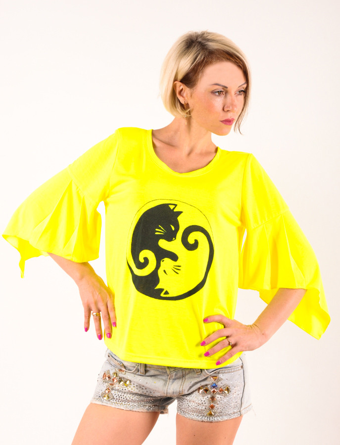 Женская футболка  желтая Крылышко ручная роспись Две кошки размеры 40-46
