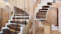 Деревянные лестницы в дом с металлическим каркасом