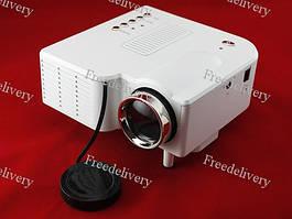 Портативный видеопроектор LCD проектор UC28, 60''