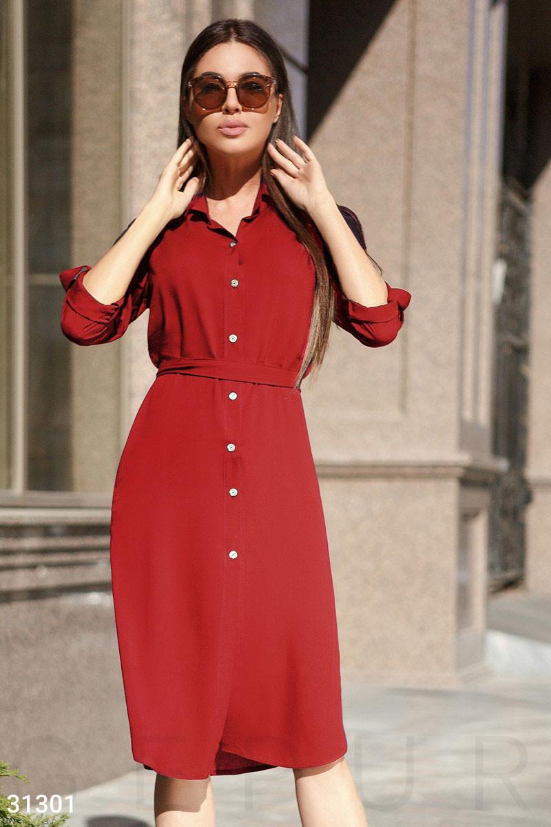 Сукня-сорочка довжини міді червоне