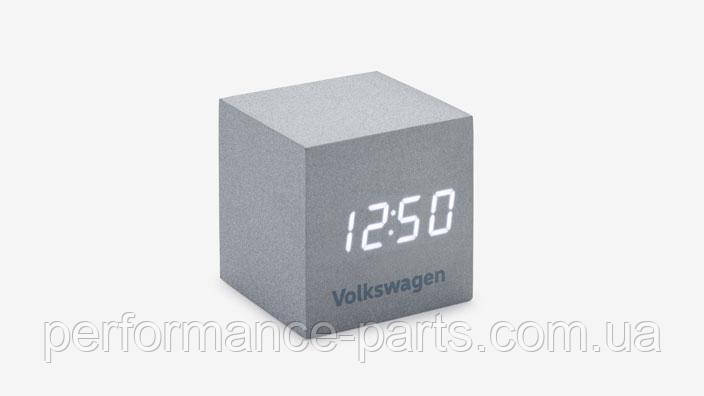 Будильник Volkswagen Logo Cube, Silver 33D050811