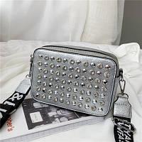 Маленькая женская прямоугольная сумка с камнями и заклепками серебряная, фото 1