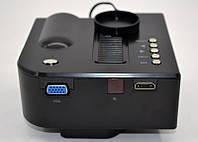 Проектор UC28 Мини портативный светодиодный проектор  VGA / AV-IN / USB / SD для презентаций