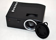 UC18 QVGA портативный мини ЖК-проектор ж / USB, HDMI, AV, слот TF