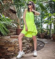 Летний яркий костюм с шортами и туникой