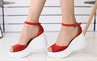 Женские босоножки на платформе, материал - натуральная замша, FS-5514-1. Красный
