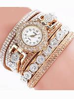 Наручные модные женские часы