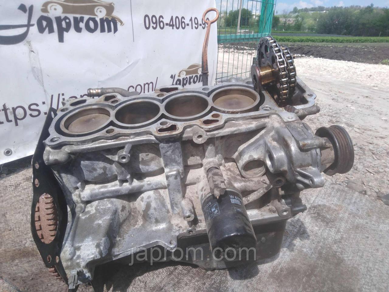 Блок двигателя (низ в сборе) Nissan Micra K11 2001г.в. CG10 8359770