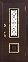 Входная дверь для частного дома с наружным металлом и стеклопакетом