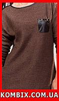 Джемпер вязаный прямого силуэта с карманом из искусственной кожи | цвет - коричневый, фото 1