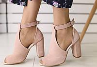 Босоножки женские на удобном каблуке, материал - натуральная замша, код FS-8500.  Пудра