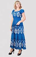 Нарядное женское платье модного кроя с интересным узором большого размера
