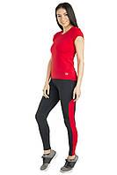 Красная спортивная футболка в комплекте с лосинами