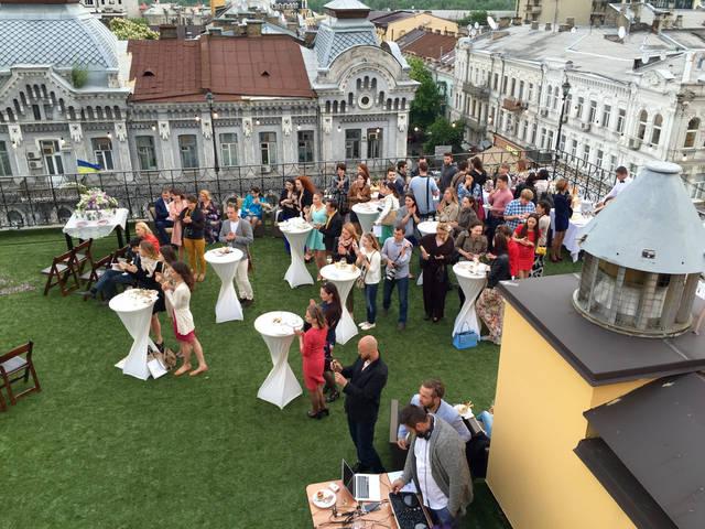 Свадьба на крыше 24