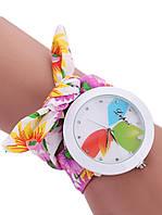 Модные женские часы на цветочном браслете